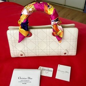 Lady Dior white lether bag